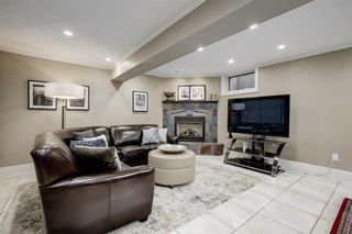 Photo 39: 868 Hillcrest Avenue SW in Calgary: Upper Mount Royal Detached for sale : MLS®# A1042342