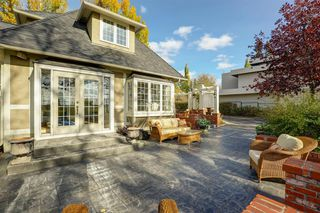 Photo 8: 868 Hillcrest Avenue SW in Calgary: Upper Mount Royal Detached for sale : MLS®# A1042342