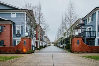 "Photo 2: 5 7348 192A Street in Surrey: Clayton Townhouse for sale in ""Knoll"" (Cloverdale)  : MLS®# R2528494"