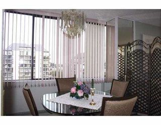 """Photo 3: 4105 MAYWOOD Street in Burnaby: Metrotown Condo for sale in """"TIMES SQUARE"""" (Burnaby South)  : MLS®# V621822"""
