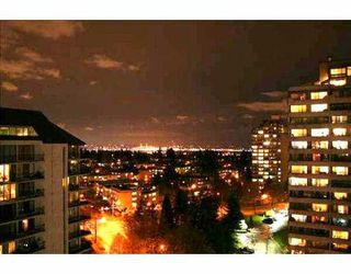"""Photo 1: 4105 MAYWOOD Street in Burnaby: Metrotown Condo for sale in """"TIMES SQUARE"""" (Burnaby South)  : MLS®# V621822"""