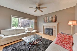 Photo 4: 1208 HOLLANDS Close in Edmonton: Zone 14 House for sale : MLS®# E4169793