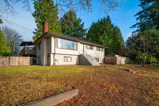 Main Photo: 2087 COLFAX Avenue in Coquitlam: Central Coquitlam House for sale : MLS®# R2424107