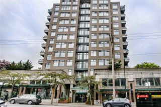"""Main Photo: 707 720 CARNARVON Street in New Westminster: Downtown NW Condo for sale in """"Carnarvon Towers"""" : MLS®# R2462411"""