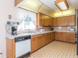 Photo 3: 7080 CURTIS Street in Burnaby: Westridge BN House for sale (Burnaby North)  : MLS®# R2481335