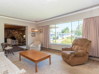 Photo 7: 7080 CURTIS Street in Burnaby: Westridge BN House for sale (Burnaby North)  : MLS®# R2481335