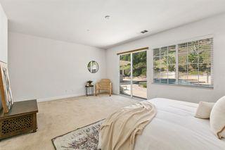 Photo 11: OCEANSIDE House for sale : 3 bedrooms : 1095 Bellingham Drive