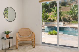 Photo 13: OCEANSIDE House for sale : 3 bedrooms : 1095 Bellingham Drive