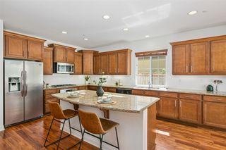Photo 6: OCEANSIDE House for sale : 3 bedrooms : 1095 Bellingham Drive