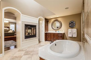 Photo 19: 32 Wentwillow Lane SW in Calgary: West Springs Detached for sale : MLS®# A1056661