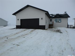 Photo 1: 709 Doghide Drive in Tisdale: Residential for sale : MLS®# SK839076