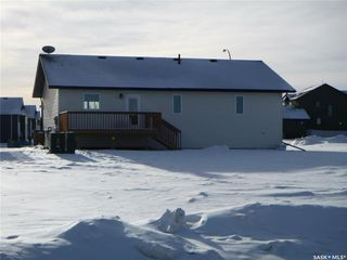 Photo 3: 709 Doghide Drive in Tisdale: Residential for sale : MLS®# SK839076
