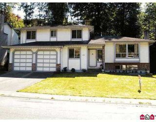 Photo 1: 2311 HARPER DR in Abbotsford: Abbotsford East House for sale : MLS®# F2615186
