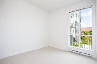 Photo 10: 202 10168 149 Street in Surrey: Guildford Condo for sale (North Surrey)  : MLS®# R2389741