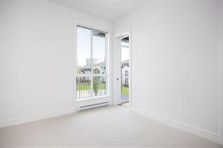 Photo 11: 202 10168 149 Street in Surrey: Guildford Condo for sale (North Surrey)  : MLS®# R2389741