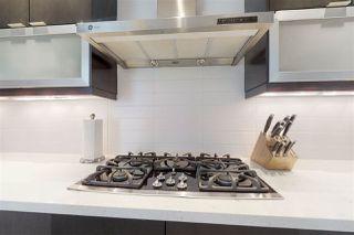 Photo 9: 8713 92A Avenue in Edmonton: Zone 18 House for sale : MLS®# E4168056