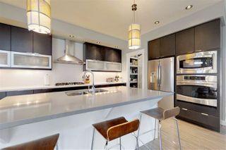 Photo 10: 8713 92A Avenue in Edmonton: Zone 18 House for sale : MLS®# E4168056