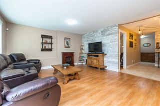 "Photo 15: 7245 190 Street in Surrey: Clayton House 1/2 Duplex for sale in ""CLAYTON"" (Cloverdale)  : MLS®# R2394026"