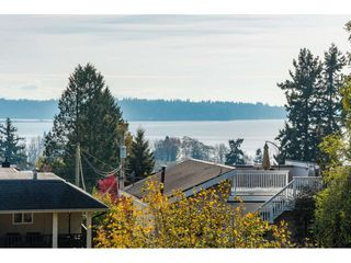 Photo 19: 1045 STAYTE Road: White Rock House for sale (South Surrey White Rock)  : MLS®# R2416737