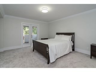 Photo 9: 1045 STAYTE Road: White Rock House for sale (South Surrey White Rock)  : MLS®# R2416737