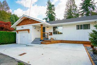 Main Photo: 33986 WALNUT Avenue in Abbotsford: Central Abbotsford House for sale : MLS®# R2427344