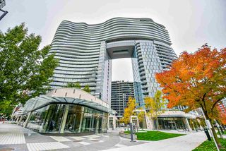 Main Photo: 706 89 NELSON Street in Vancouver: Yaletown Condo for sale (Vancouver West)  : MLS®# R2430006
