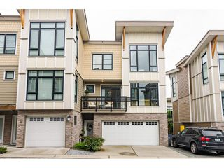 "Photo 2: 62 9989 BARNSTON Drive in Surrey: Fraser Heights Townhouse for sale in ""HIGHCREST"" (North Surrey)  : MLS®# R2471184"