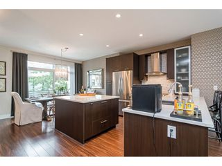 "Photo 3: 62 9989 BARNSTON Drive in Surrey: Fraser Heights Townhouse for sale in ""HIGHCREST"" (North Surrey)  : MLS®# R2471184"