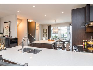 """Photo 20: 62 9989 BARNSTON Drive in Surrey: Fraser Heights Townhouse for sale in """"HIGHCREST"""" (North Surrey)  : MLS®# R2471184"""