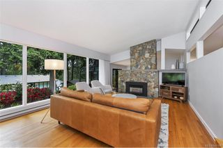 Photo 6: 4665 Amblewood Dr in Saanich: SE Broadmead Single Family Detached for sale (Saanich East)  : MLS®# 840366