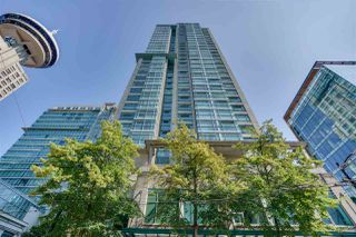 "Photo 18: 606 438 SEYMOUR Street in Vancouver: Downtown VW Condo for sale in ""CONFERENCE PLAZA"" (Vancouver West)  : MLS®# R2480252"