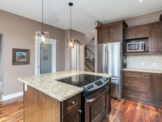 Photo 12: 40 ROSSDALE Road SW in Calgary: Rosscarrock Semi Detached for sale : MLS®# A1046518