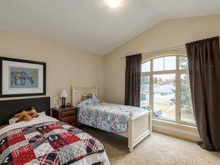Photo 23: 40 ROSSDALE Road SW in Calgary: Rosscarrock Semi Detached for sale : MLS®# A1046518