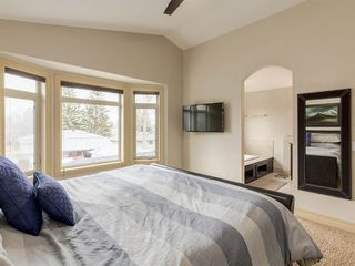 Photo 19: 40 ROSSDALE Road SW in Calgary: Rosscarrock Semi Detached for sale : MLS®# A1046518