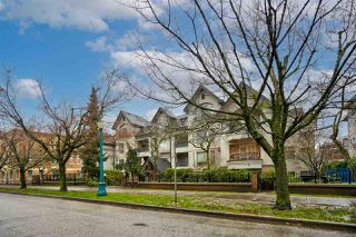"""Photo 2: 304 55 E 10TH Avenue in Vancouver: Mount Pleasant VE Condo for sale in """"ABBEY LANE"""" (Vancouver East)  : MLS®# R2526018"""