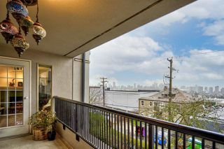 """Photo 23: 304 55 E 10TH Avenue in Vancouver: Mount Pleasant VE Condo for sale in """"ABBEY LANE"""" (Vancouver East)  : MLS®# R2526018"""