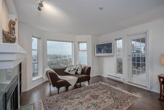 """Photo 5: 304 55 E 10TH Avenue in Vancouver: Mount Pleasant VE Condo for sale in """"ABBEY LANE"""" (Vancouver East)  : MLS®# R2526018"""