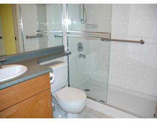 "Photo 8: 305 260 NEWPORT DR in Port Moody: North Shore Pt Moody Condo for sale in ""NEWPORT VILLAGE"" : MLS®# V586137"