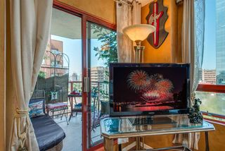 """Photo 9: 1504 811 HELMCKEN Street in Vancouver: Downtown VW Condo for sale in """"IMPERIAL TOWERS"""" (Vancouver West)  : MLS®# R2394880"""
