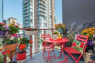 "Photo 15: 1504 811 HELMCKEN Street in Vancouver: Downtown VW Condo for sale in ""IMPERIAL TOWERS"" (Vancouver West)  : MLS®# R2394880"