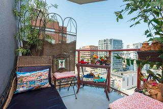"Photo 10: 1504 811 HELMCKEN Street in Vancouver: Downtown VW Condo for sale in ""IMPERIAL TOWERS"" (Vancouver West)  : MLS®# R2394880"