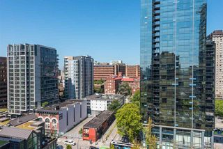"Photo 11: 1504 811 HELMCKEN Street in Vancouver: Downtown VW Condo for sale in ""IMPERIAL TOWERS"" (Vancouver West)  : MLS®# R2394880"
