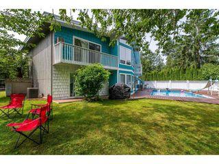Photo 2: 34409 LABURNUM Avenue in Abbotsford: Abbotsford East House for sale : MLS®# R2416903