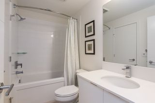 Photo 10: 112 719 W 3RD Street in North Vancouver: Harbourside Condo for sale : MLS®# R2420428