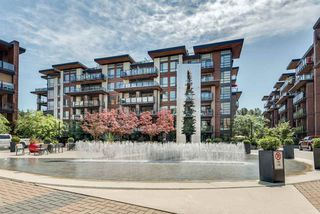 Main Photo: 112 719 W 3RD Street in North Vancouver: Harbourside Condo for sale : MLS®# R2420428