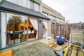 "Photo 19: 49 17708 60 Avenue in Surrey: Cloverdale BC Condo for sale in ""Clover Park Gardens"" (Cloverdale)  : MLS®# R2420452"