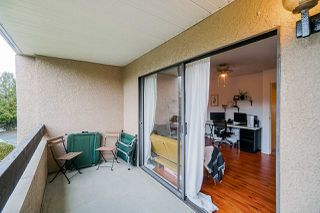 "Photo 15: 49 17708 60 Avenue in Surrey: Cloverdale BC Condo for sale in ""Clover Park Gardens"" (Cloverdale)  : MLS®# R2420452"