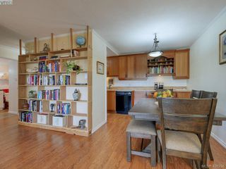 Photo 13: 303 1012 Pakington Street in VICTORIA: Vi Fairfield East Condo Apartment for sale (Victoria)  : MLS®# 426338