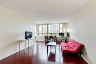 "Photo 7: 806 6119 COONEY Road in Richmond: Brighouse Condo for sale in ""ROSARIO GARDEN"" : MLS®# R2466489"