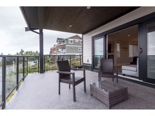 Photo 32: 33797 KNIGHT Avenue in Mission: Mission BC House for sale : MLS®# R2474050